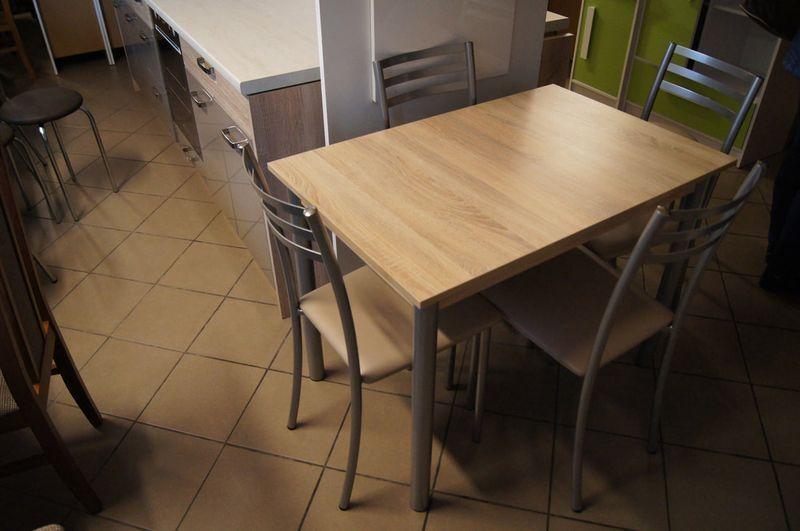 Stoły i krzesła kuchenne 1