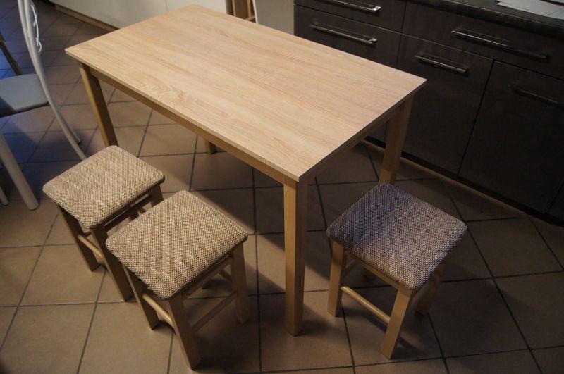 Stoły i krzesła kuchenne 18